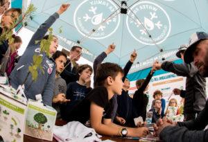 Création d'un carnet et d'un jeu pédagogique sur la thématique des Océans auprès des scolaires.